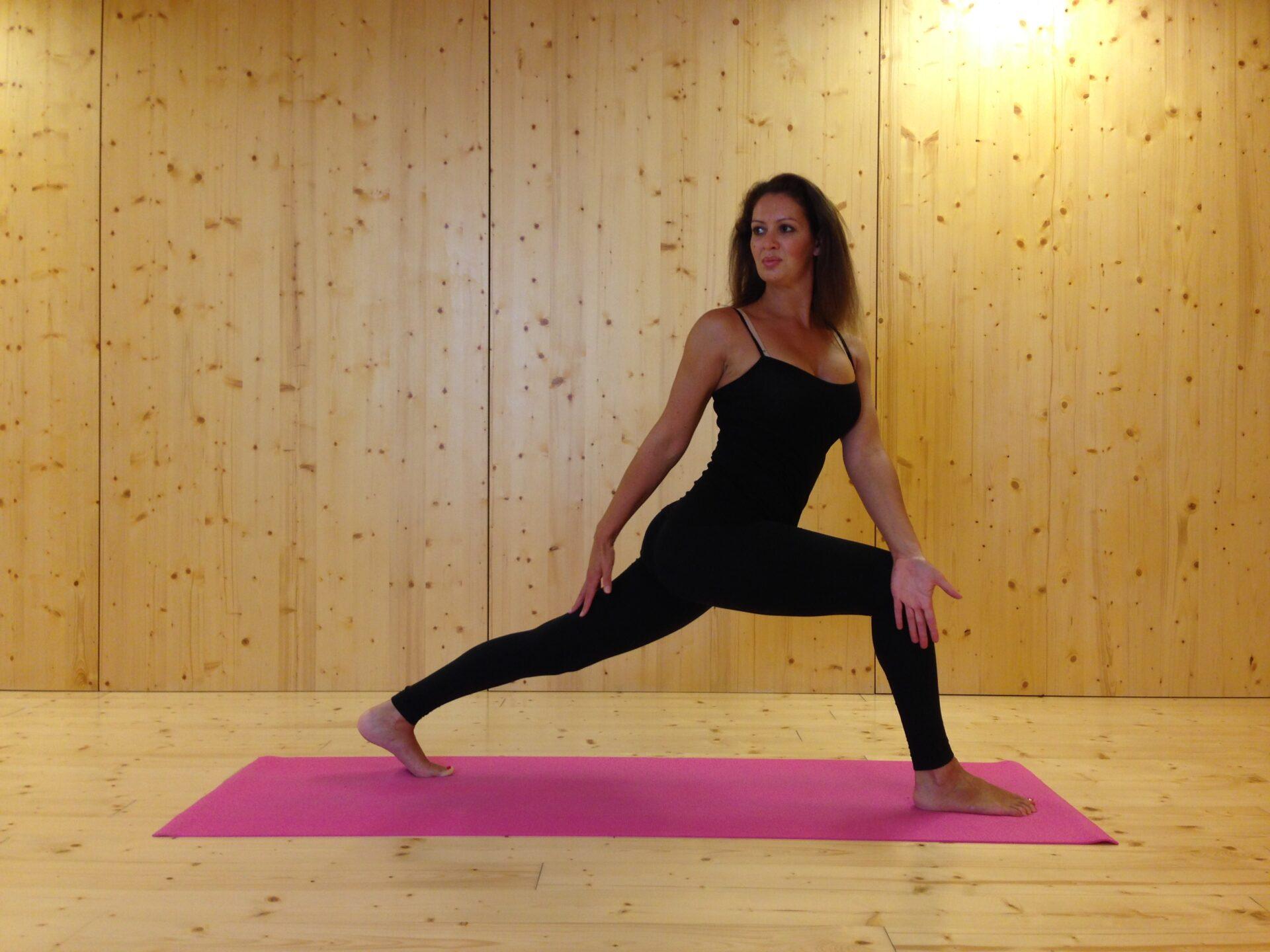 Annasta – Vinyasa / Hatha / Yin Yoga