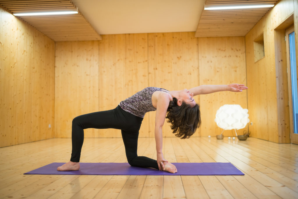 Laure TDLC - Professeure de Yoga - Make Me Yoga